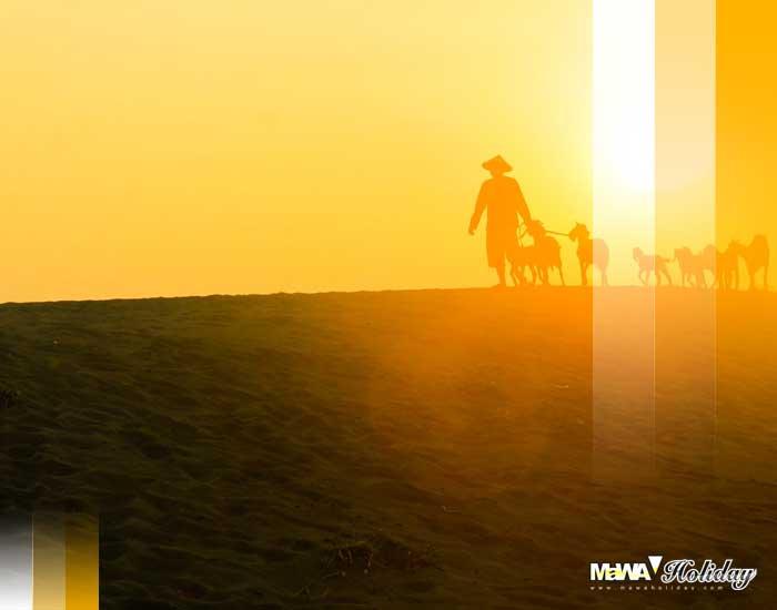 Gumuk pasir sunset