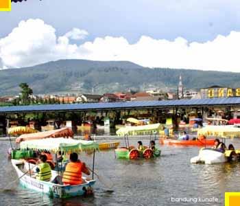 Floating market lembang - Wisata keluarga